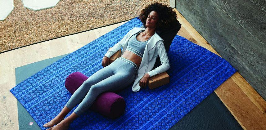 Manduka yogamatten en benodigdheden