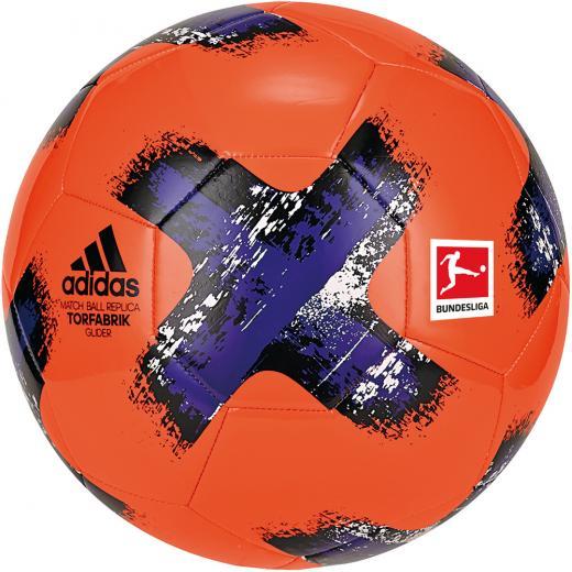 Adidas_voetbal_Torfabrik_glider_maat_5_witrood_1