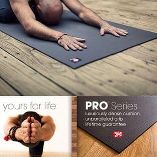Productafbeelding voor 'Manduka Black mat PRO® yogamat'